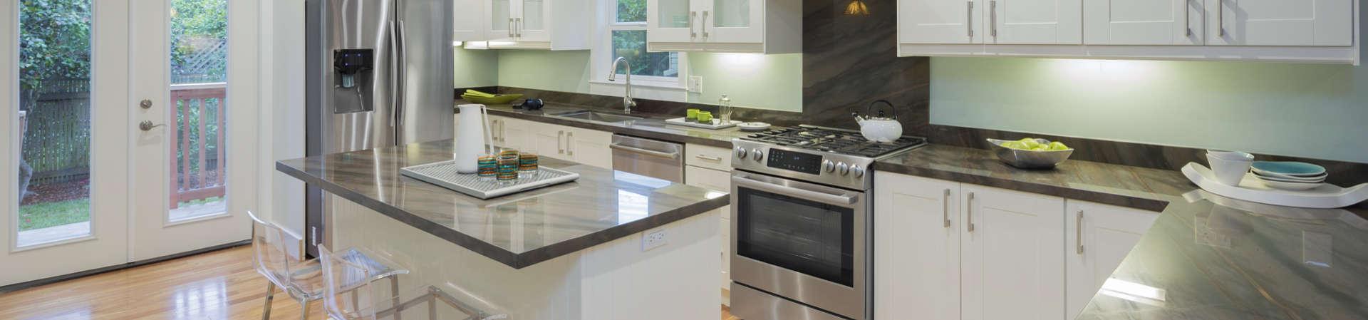 Preventivo cambiare piano lavoro cucina a Imola (Imola)